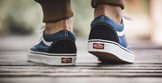 vans-old-skool-blue-navy-vd3hnvy-mood-3